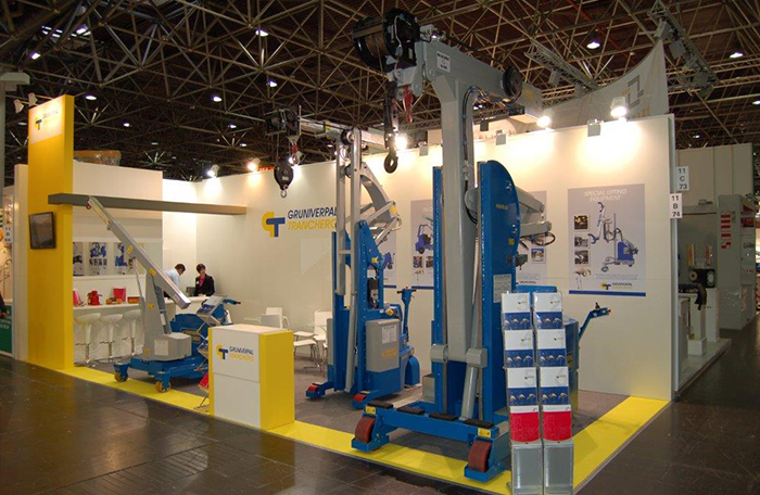 Minidrel 20S injection moulding crane will be on its way to the next Fakuma show