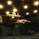Devítiaxiální robotický strojs dálkovým ovládaním: pro montáž technologických zařízení na délku do 20 metrů