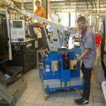 Elektrický jeřáb pro manipulaci s formami v oblasti výroby pneumatikGB 500_TR