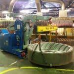 Elektrický jeřáb pro manipulaci s formami v oblasti výroby pneumatikMinidrel 100S_ARR