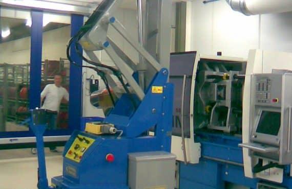 Gru sollevamento stampi portata fino a 2.000 kg