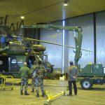 Přívěsný tažený manipulační jeřáb pro provádění oprav a údržby zařízení. výška zdvihu do 10 metrů.