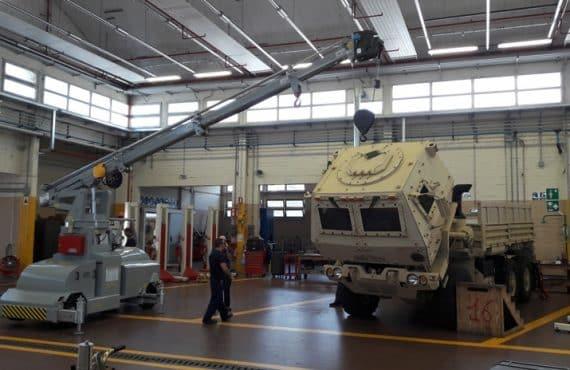 Gru sollevamento con portata fino a 7.500 kg.