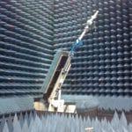 Instrumento com radiocomando remoto de 9 eixos para o posicionamento de controle micrométrico de equipamentos До 20 m de distância.